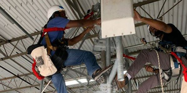 Students Mounting Antenna